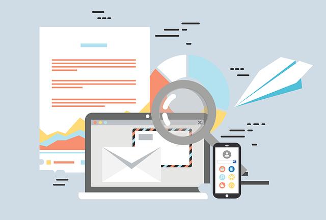 Espionner via SMS ou email