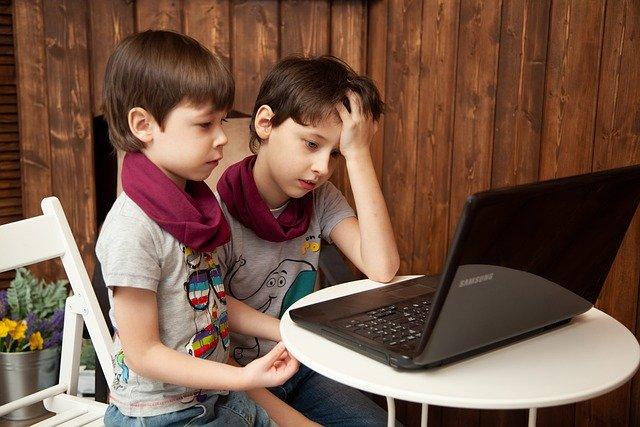 Protéger sa famille logiciel espion PC