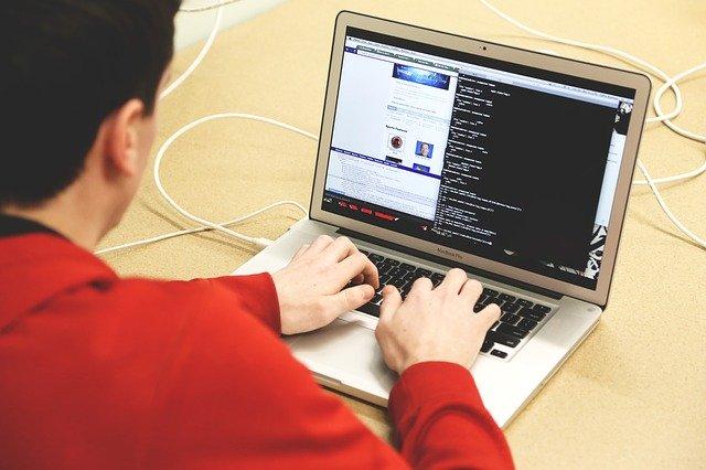 surveiller ordinateur
